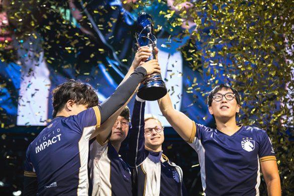 TL Celebrating Victory