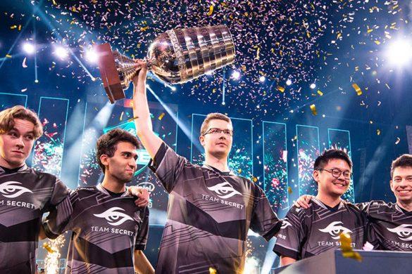 Team Secret lifting the ESL trophy